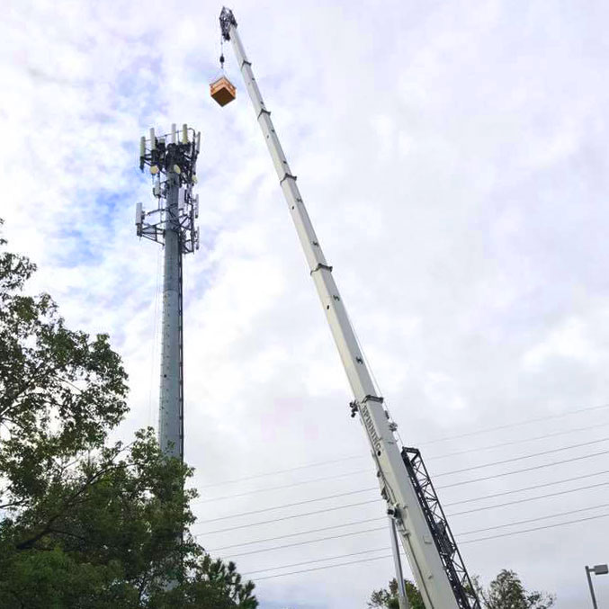 Spinning Crane Works Cell Phone Tower crane services
